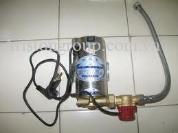 Cách lắp đặt bơm tăng áp cho bình nóng lạnh trực tiếp Ariston