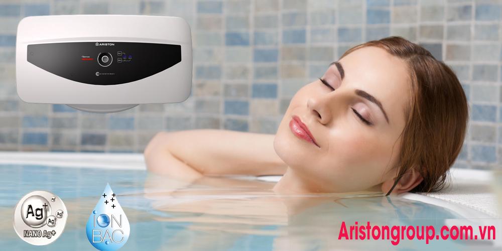 Bình nóng lạnh Ariston 2 bình giúp người sử dụng thỏa mái không sợ tốn nước