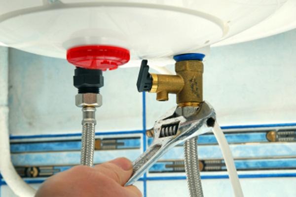 Lắp van 1 chiều bình nóng lạnh cần đảm bảo đúng kỹ thuật
